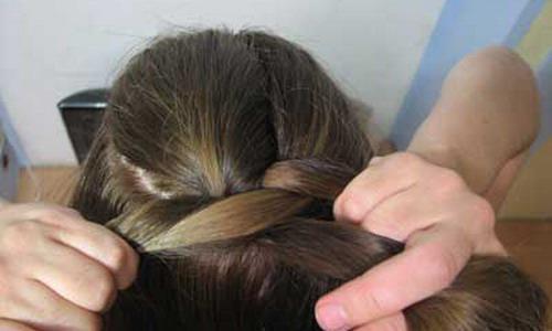 Плетем волосы наоборот
