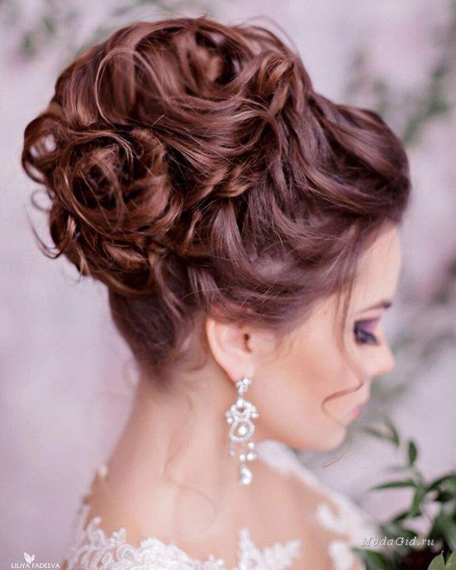 Фото причесок собранных волос на верху
